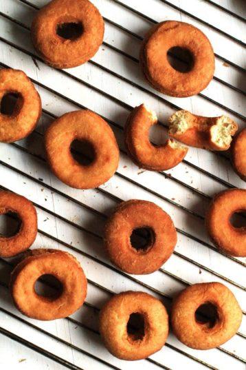 Crispy Fluffy Doughnuts (Smultringer)