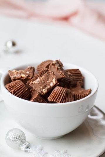 4-Ingredient Almond Crunch Milk Chocolates (Krokanrull)