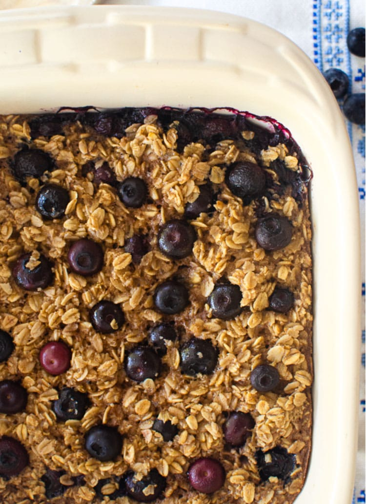 Pan with healthy breakfast blueberry oatmeal.