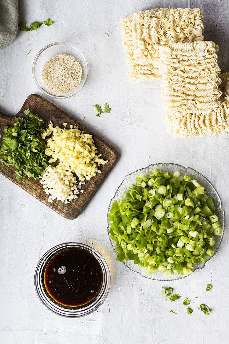 Ingredients to make Chinese fried noodles.