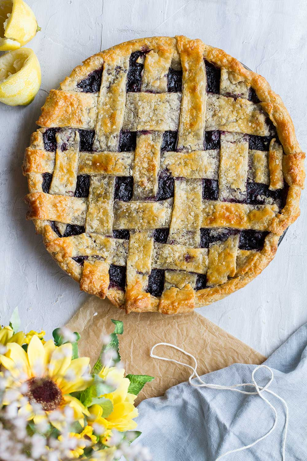 Pie with lattice top seen from above.